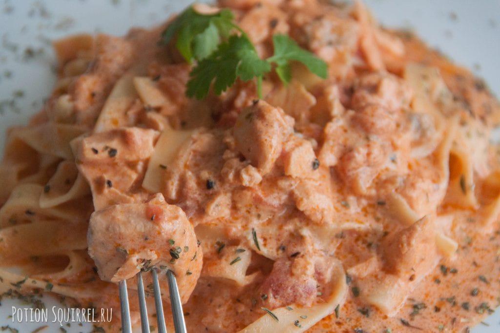 Паста с семгой - великолепное сочетание! Фото, ингридиенты и пошаговый рецепт от PotionSquirrel.ru