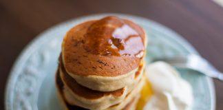 Вкусные и ароматные банановые панкейки сделают ваш завтрак намного лучше!