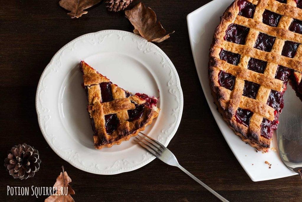 Отличный вишневый пирог, который нельзя не съесть