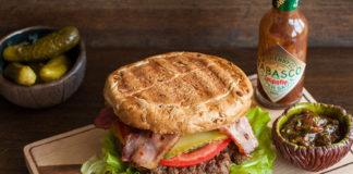 Что может быть лучше вкуснейшего домашнего бургера из 100% говядины? Пошаговый рецепт с фото от potionsquirrel.ru