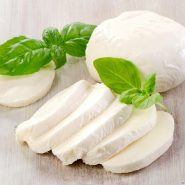 Mozzarella and recipes with them from potionsquirrel.ru