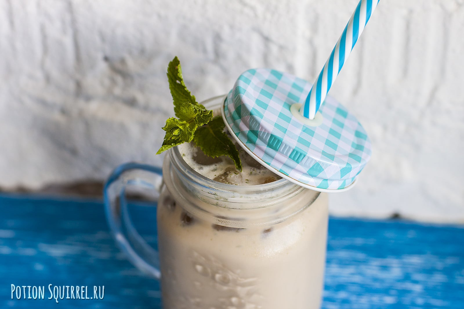 The recipe for mint frappe from potionsquirrel.ru