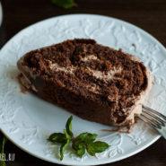 Шоколадный бисквитный рулет с кремом-пломбир