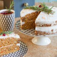 Морковно-кокосовый веганский торт