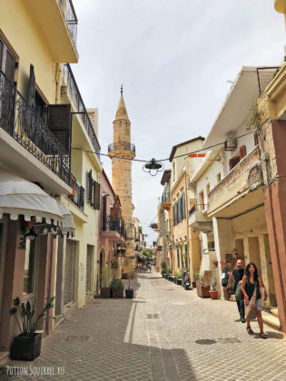 Улицы старой Ханьи. Мечеть