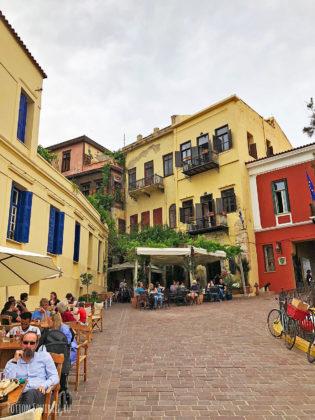 Улицы старой Ханьи. Рестораны
