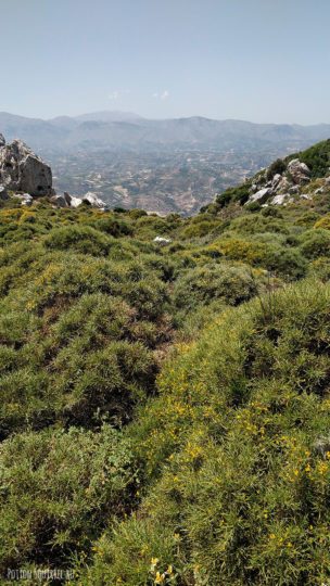 Гора Юхта, Крит. Подъем