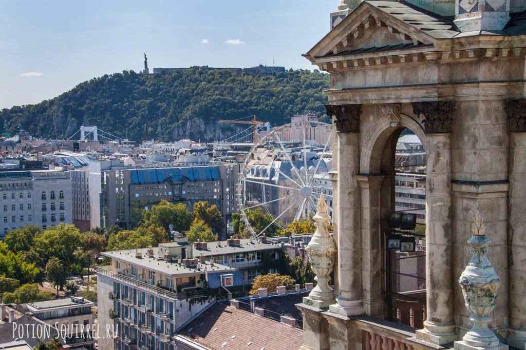 Вид на город с колоннады собора св. Иштвана