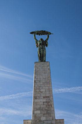 Монумент Свободы в память о погибших советских солдатах, освобождавших Венгрию