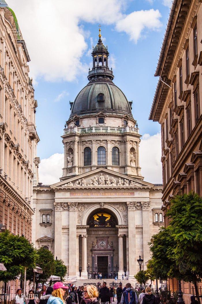Главный фасад базилики св. Стефана
