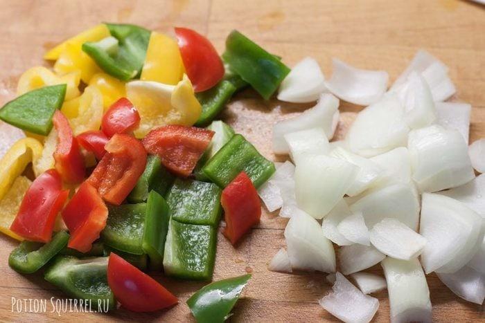 Говядина по-монгольски: порезать овощи рецепт potionsquirrel.ru